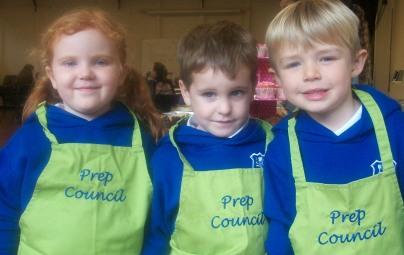 prep-council-cake-sale-2016-042